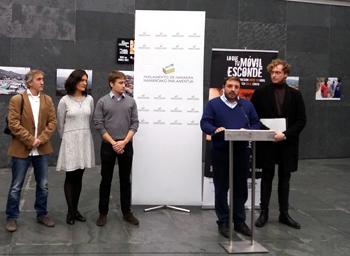 El Parlamento de Navarra acoge la campaña Tecnología Libre de Conflicto